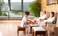 Relaxation, Traditional Vietnamese massage, Aromatherapy Revival and many more services for you