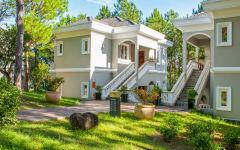 Jasmine Deluxe suite villa outside